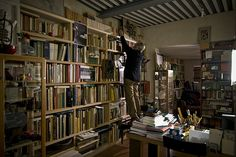 Making of - Tobia Scarpa biblioteca Homo Faber, Bookcase, Shelves, Studio, Home Decor, Shelving, Homemade Home Decor, Shelf, Open Shelving