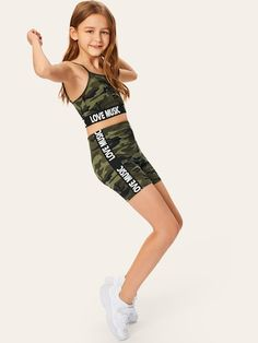 To find out about the Girls Letter Hem Camo Print Cami Top & Shorts Set at SHEIN, part of our latest Girls Two-piece Outfits ready to shop online today! Cute Little Girls Outfits, Teenage Girl Outfits, Kids Outfits Girls, Cute Casual Outfits, Teenager Outfits, Preteen Girls Fashion, Girls Fashion Clothes, Teen Fashion Outfits, Girl Fashion