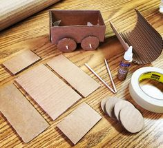 Cardboard Covered Wagon. Site includes measurements and directions. #cardboard by Art Projects for Kids