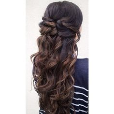 Cabelos encaracolados ❤ liked on Polyvore featuring hair