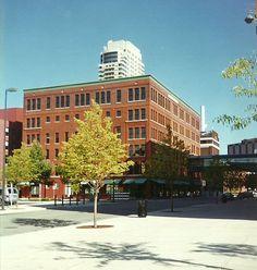 Hanon-McKendry building, 25 Ottawa SW - September 11, 1999