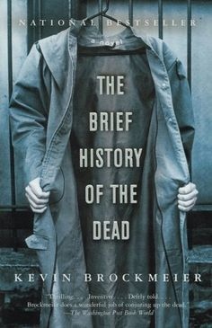 The Brief History of the Dead by Kevin Brockmeier Book jacket design by Patrik Giardino Creative Book Covers, Best Book Covers, Beautiful Book Covers, Ads Creative, Lettering, Typography Design, Typography Images, Book Cover Design, Book Design