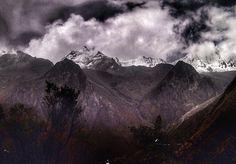 Drama in the mountains - explore these valleys and mountains with @akilpo_trek . . . #cordillerablanca #ancash #peru #huascarannationalpark #mountains #cloud #highaltitude #adventure #trekking #igersancash #igersperu #natgeowild #natgeoadventure