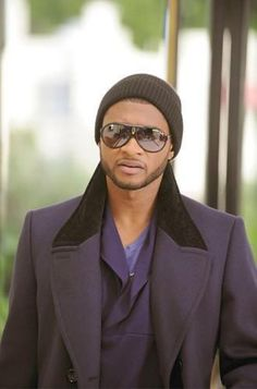 Usher wears Carrera Endurance Sunglasses in 'Daddy's Home' Music Video Black Is Beautiful, Gorgeous Men, Beautiful People, Simply Beautiful, Steve Mcqueen, Daniel Craig, Tom Cruise, Usher Raymond, Chica Cool