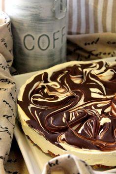 Sweet Desserts, Vegan Desserts, Finnish Recipes, Cake Recipes, Dessert Recipes, Frozen Cake, Piece Of Cakes, Something Sweet, Healthy Treats