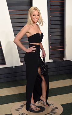 9 Things Jennifer Lawrence Did to Get the Body She Has Now  - MarieClaire.com