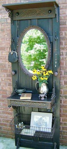 Post da semana na minha coluna no blog da Essência Móveis: Ideias para decorar com portas e janelas usadas ! http://www.essenciamoveis.com.br/blog/2015/03/decoracao-criativa-e-gastando-pouco/