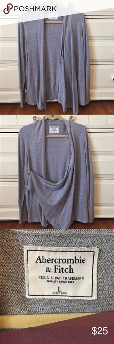 Abercrombie & Fitch 💙 Side-Zip Cardigan Abercrombie & Fitch 💙 Side-Zip Cardigan - this cozy cardigan comes with an optional side zip for a stylish addition! Perfect for any chilly day - NO TRADES Abercrombie & Fitch Sweaters Cardigans