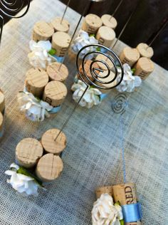 Is it a ... wedding Table Number Holder?  Or a take-home Photo Holder wedding favor?  Lucky you, it's both!  Discover custom vineyard wedding table décor at www.karasvineyardweddingshop.com