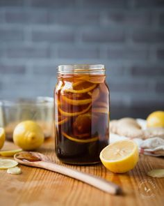 BEST home remedy for cough and cold- Honey, Ginger, and Lemon Natural Remedy.  You can make this immunity boosting, body soothing concoction ahead of time and store in the fridge!  #SimpleGreenSmoothies #cold #flu #natural #healthy #healing