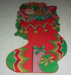 VTG-CHRISTMAS-EUREKA-21-034-DIECUT-CARDBOARD-DECORATION-CUTOUT-STOCKING-TOYS-HUGE
