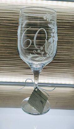 Výročný pohár 60 / kikaso - SAShE.sk - Handmade Nádoby Glass Engraving, Flute, Wine Glass, Champagne, Tableware, Handmade, Dinnerware, Hand Made, Tablewares