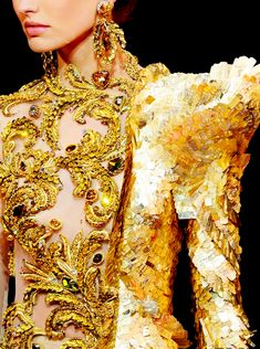 GUO PEI Couture Fall/Winter 2017