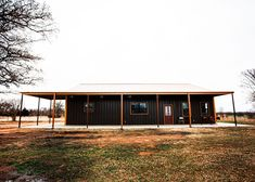Amazing Oklahoma Barndominium - Pictures, Builder Info, Cost, and More Metal Barn House Plans, Metal Building House Plans, Metal Barn Homes, Pole Barn Homes, Build House, Barndominium Pictures, Barndominium Floor Plans, Metal Shop Houses, Barn Houses
