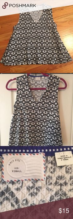 anthropologie tank top anthropologie brand, black and white patterned tank top, looser fit, v neck. women's xs. worn once Anthropologie Tops Blouses