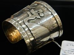 side view of a Graziela Laffi bracelet. Notice all the hammer marks showing through from the back of the bracelet. Laffi's jewelry is growing increasingly collectible. Learn more here http://www.jewelrynerd.org/blog.html