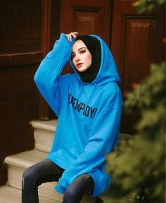 Discovered by Find images and videos about girls, blue and hijab fashion on We Heart It - the app to get lost in what you love. Modest Fashion Hijab, Modern Hijab Fashion, Casual Hijab Outfit, Hijab Fashion Inspiration, Hijab Chic, Hijab Dress, Abaya Fashion, Muslim Fashion, Fashion Outfits