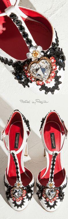 66b8369af20d 90 best If The Shoe Fits... images on Pinterest