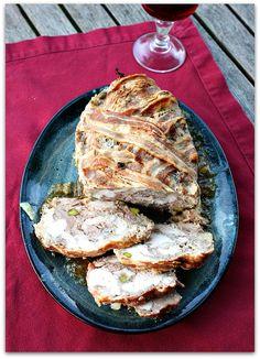 Le Muscadet, c'est toujours l'été, autour de la table ronde de pierre, dans un jardin des bords de l'Erdre. Dans le Pays Nantais, on ...