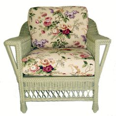 Visit American Country for the Bar Harbor Wicker Arm Chair. Made of whole-core woven rattan on a solid wood frame. Classic beauty made to last. Shop now! Muebles Shabby Chic, Shabby Chic Chairs, Shabby Chic Kitchen, Shabby Chic Furniture, Maine Cottage Furniture, Wicker Chairs, Rattan Furniture, Painted Furniture, Wicker Armchair