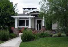 I wonder how this porch and pergola would look on the front of a one story brick ranch?  We could offset the walkway?!