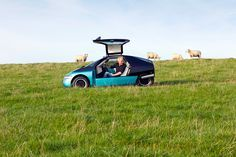 Volkswagen Classic - Unterwegs mit Originalen: H.P. Baxxter im Volkswagen Scooter
