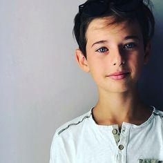 Fabio Colombo London Kids, Boy Models, Teen Boys, Art Model, Kids Sports, It Cast, Actors, Celebrities, Summer
