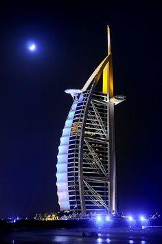Burj al Arab Dubai Unusual Buildings, Interesting Buildings, Amazing Buildings, Dubai Buildings, Burj Al Arab, World Most Beautiful Place, Beautiful Places, Beautiful Moon, Wonderful Places