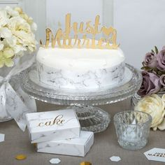 Cake Topper JUST MARRIED, gold, 5,95€