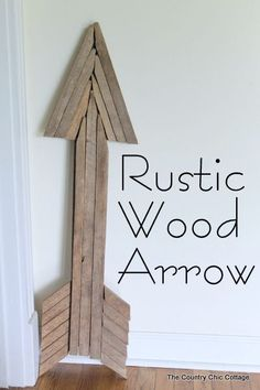 Use reclaimed wood sticks to make this extra large rustic wood arrow for your home today. #reclaimedwoodfurniture
