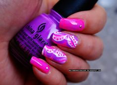 A water marble manicure will take your nails up a notch. Wear them proudly! Fun Nails, Pretty Nails, Rainbow In A Jar, Water Marble Nail Art, Makeup Magazine, Neon, You Nailed It, Hair And Nails, Manicure