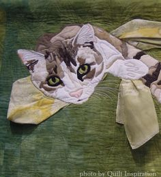"""close up, """"Relaxing Under the Weeping Willow Tree""""by Carol Deards (California).  2013 PIQF.  Photo by Quilt Inspiration."""