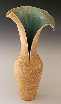 SplitDancingVase-Beige+turquoise. Judith Taylor