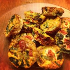 I Don't Go to the Gym: Veggie Egg White Morning Muffins - prep once on Sunday and have healthy breakfasts all week long!  Only 37 calories per egg muffin!