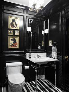 Яркие интерьеры традиционного таунхауса Greenwich Street были разработаны дизайн-студией Rob Stuart Interiors. Дом расположен в West Village в Манхэттене, Нью-Йорк, США.