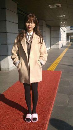Kim So Hyun Lets Fight Ghost, Kim So Hyun Fashion, Kim Sohyun, Page Turner, Kpop, Korean Celebrities, Korean Actresses, Daily Look, Nayeon