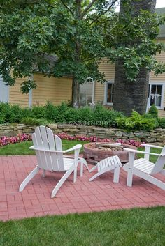 Brick patio, simple but lovely