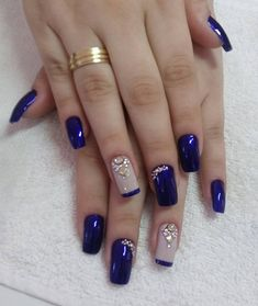 Fancy nails, pretty nails, creative nails, blue and silver nails, cobalt blue New Nail Designs, Acrylic Nail Designs, Acrylic Nails, Acrylic Art, Stylish Nails, Trendy Nails, Fabulous Nails, Gorgeous Nails, Blue And Silver Nails