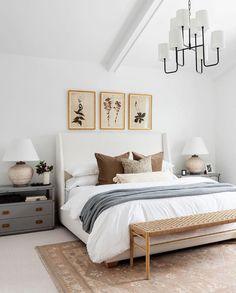 southern home decor Studio McGee auf In - Home Decor Bedroom, Bedroom Furniture, Modern Furniture, Bedroom Rugs, Design Bedroom, Ikea Bedroom, Bedroom Bed, Serene Bedroom, Queen Bedroom