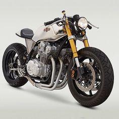 1980 Honda cb750f #honda #seattle #hondaCB #vintageMotorcycle #cb750 Great bike Ricky Lu