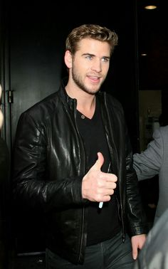 Chris and Liam Hemsworth: Hollywood& Hottest Brothers Just Beautiful Men, Beautiful People, Liam Y Miley, Josh Taylor, Hemsworth Brothers, Australian Actors, Hollywood Actor, Chris Hemsworth, Haircuts For Men