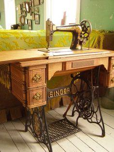 Como la maquina de coser de mi Abuelita y de mi Mama...