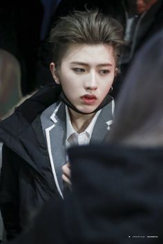 Aw he looks tired, rest Cai Xukun~! Rapper, Kpop Boy, Luhan, Cute Boys, My Idol, Laos, Handsome, Actresses, Actors