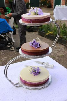 Trendy Cheesecake Wedding Cakes