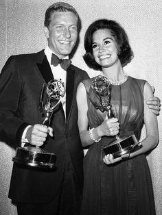 Beloved TV star Mary Tyler Moore dies at 80
