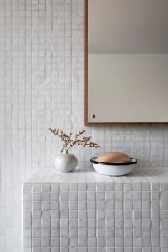 Contemporary bathrooms 503136589623349390 - Bertrand Fompeyrine / Photographe architecture interieure Paris BCDF STUDIO Source by inesdeschodt Photographe Architecture, Saunas, Decorating With Pictures, Decoration Pictures, Decor Ideas, Box Houses, Interior Plants, Contemporary Bathrooms, Contemporary Decor