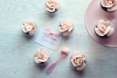 How to make Mini Rose Cupcakes