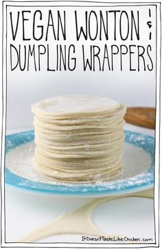 Try with GF flour and arrowroot starch - Vegan Wonton & Dumpling Wrappers! Just 4 ingredients and easy to make. All it takes is a little patience and elbow grease. Vegan Foods, Vegan Dishes, Vegan Lunches, Vegan Snacks, Vegan Dumplings, Steamed Dumplings, Whole Food Recipes, Cooking Recipes, Comida India