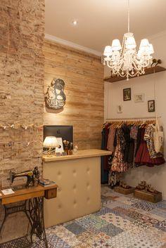 Silvia Soler boutique - Nuevo espacio, calle Sant Nicolau 11, Alcoy (Alicante) Fotografía: Alba Soler