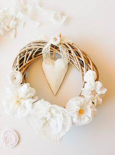 MonRoy / Svadobný veniec Grapevine Wreath, Grape Vines, Pearl Earrings, Wreaths, Pearls, Wedding, Jewelry, Decor, Valentines Day Weddings